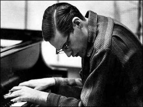 Bill Evans – Santa Claus is Coming to Town