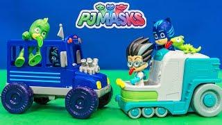 PJ MASKS Disney Romeo Lab Vehicle and Night Ninja Bus with Gekko and Catboy