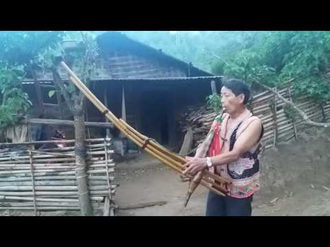 Qeej ntuas kom peb hmoob txawj sib hlub lawm yam tom ntej 2017 (видео)
