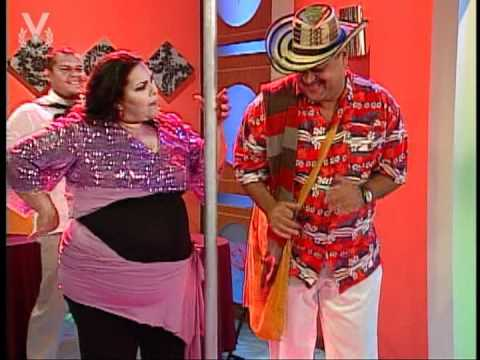 A que te ríes - El Vallenatero  y La Stripper
