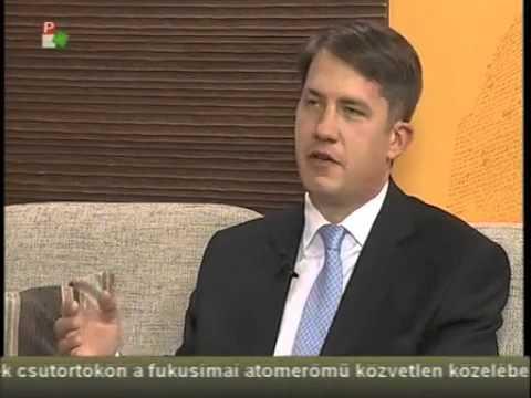 Közügyek - Pásztor Bálint - A VMSZ nem támogatja a megszorításokat -cover