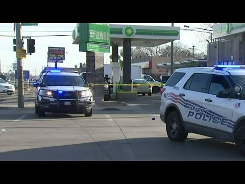 65-year-old stabbed in intersection in Detroit