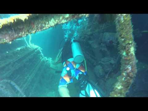 Plongée a l'intérieur d'une épave, Barbades