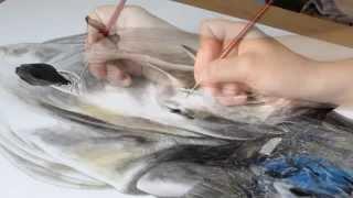VIDEO : Amélie peint un rhinocéros à l'aquarelle