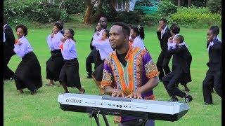 Video TUNALETA MAZAO - St. Stephen's Catholic Choir - Mwanyani MP3, 3GP, MP4, WEBM, AVI, FLV Agustus 2019