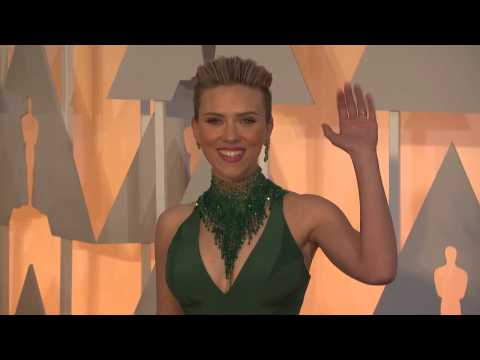 Oscars: Scarlett Johansson Red Carpet Fashion 2015