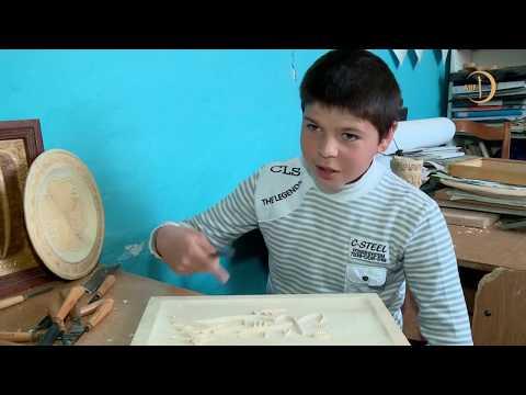 Заработок юного мастера уходит на хлеб для большой семьи и лекарства для онкобольной матери