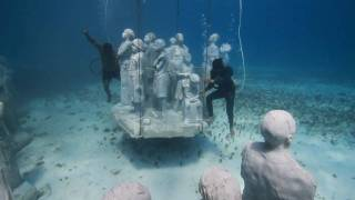 A Living Museum On The Ocean Floor - Amazing!