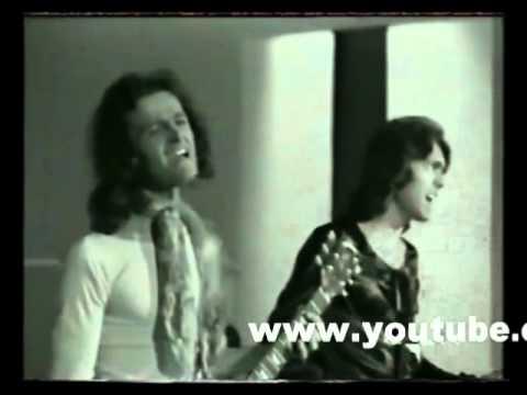 Debes comprenderme I POOH /  Tantos deseos de ella / Video 1971 en español / RadioRecuerdos (видео)