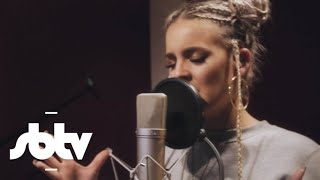 "Video Anne-Marie | ""Gentleman"" (Live): SBTV MP3, 3GP, MP4, WEBM, AVI, FLV Februari 2018"