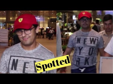 Sonu Nigam Spotted At Airport
