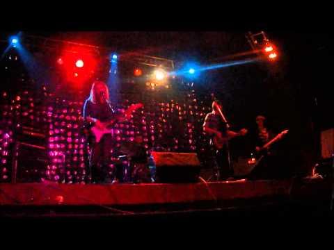 Brooklyn Blue Flowers (видео)