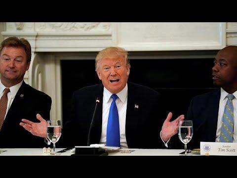 Πιέζει ο Τραμπ για άμεση αντικατάσταση του Obamacare
