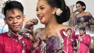 Video Sinden Cantik Mega Dikerjain Cak Percil & Cak Yudho Duet Maut Gerajakan Banyu Wangi MP3, 3GP, MP4, WEBM, AVI, FLV Oktober 2018