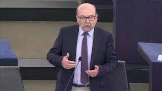 Ryszard Legutko podczas debaty nad z ustaleniami z ostatniego szczytu UE