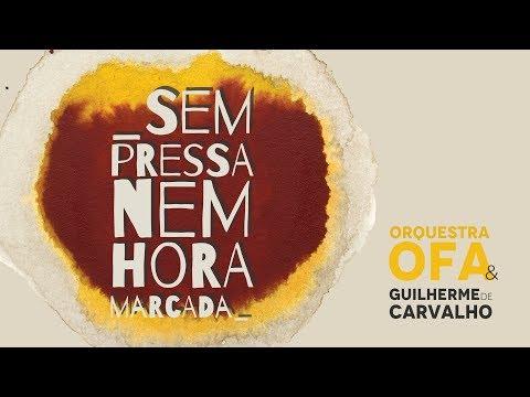 GUILHERME DE CARVALHO EM ÉVORA COM ALUNOS DA OFÍCIO DAS ARTES DE MONT.O NOVO