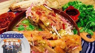 Toño tiene para ti la receta ideal de viernes: Chamorro de cerdo en pozolillo, un platillo que te conquistará, exclusivo de Cocineros Mexicanos. CALDO DE ...