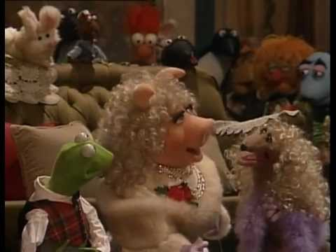 The Muppets - A Muppet Family Christmas (1987)