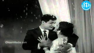 Manasu Padindi Sannayi Pata Song - Punyavathi Movie Songs - NTR - Shoban Babu - Krishna Kumari