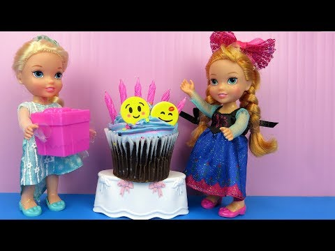 Anna's BIRTHDAY party ! Elsa and Anna toddlers party with guests - Pinata - Cake - Gifts - Games (видео)