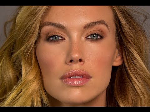 Everyday makeup using mineral makeup