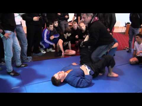 Мастер-класс по боевому самбо: Ахиллесова пята - DomaVideo.Ru