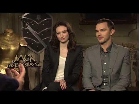 Nicholas Hoult & Eleanor Tomlinson - Interview Nicholas Hoult & Eleanor Tomlinson (Anglais)