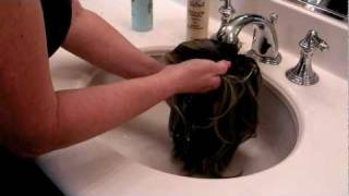 How To Wash and Dry A Synthetic Wig