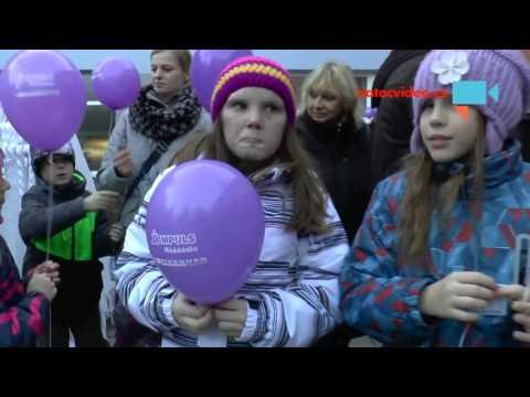 Vypouštění balónků přání v Boskovicích 4. 12. 2015. Celostátní akce s rádiem.