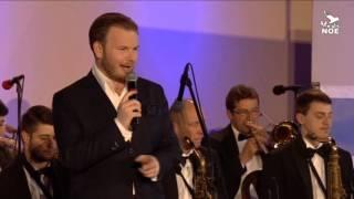 Video Toulavej vůz- Jan Smigmator & Golden Big Band Prague
