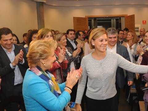 """Cospedal: """"El futuro de España depende de que los políticos estemos a la altura"""
