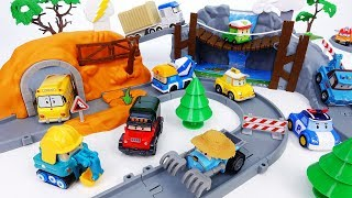 Video If Someone's In Trouble, Robocar Poli & Friends Will Be There - ToyMart TV MP3, 3GP, MP4, WEBM, AVI, FLV Maret 2018
