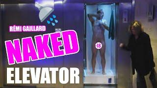 Rémi Gaillard nu dans un ascenseur