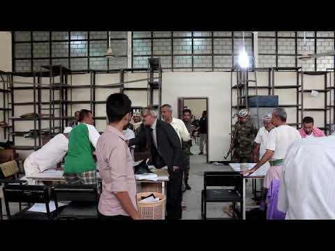 بالفيديو : الوزير لملس يزور كنترول وزارة التربية