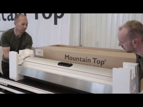 Mountain Top Roll cover fitting on Ford Wildtrak (видео)