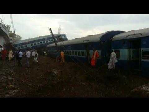 Εκτροχιασμός τρένου με δεκάδες θύματα