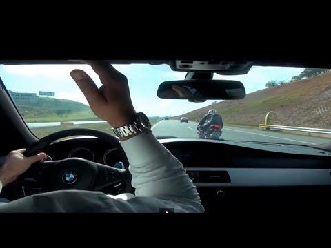 HONDA CBR 1000 vs BMW M5 V10