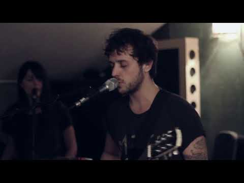 Ben Ellis - EP INTO THE LIGHT OUT 02.07.2013 http://www.facebook.com/benellismusic http://twitter.com/imbenellis http://www.benellis.fr Booking : virginie@furax.fr Manag...