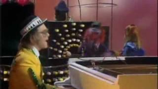 Muppets - Elton John - Goodbye Yellow Brick Road