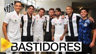 O Santos FC lançou seu novo uniforme na manhã desta terça-feira (26). Confira os bastidores do elenco nos vestiários do lançamento. Inscreva-se na Santos ...