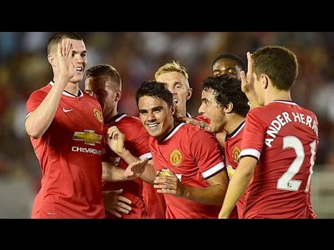 louis - Manchester United made an impressive debut under new coach Louis van Gaal, with Wayne Rooney scoring twice in the first half of a 7-0 victory over Los Angeles Galaxy. The Dutch manager said...