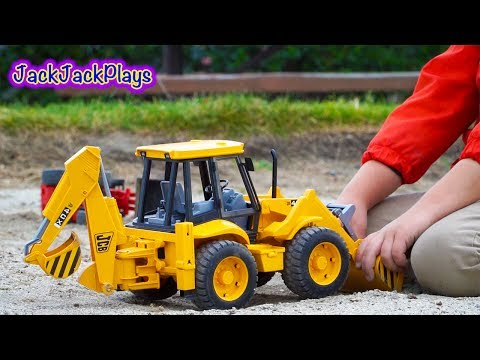 Video Bruder Construction Trucks for Kids: Unboxing JCB Backhoe - Kid Playing with Toys download in MP3, 3GP, MP4, WEBM, AVI, FLV January 2017