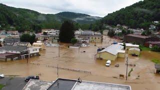 مشاهد مروعة من فيضانات ولاية فرجينيا الأمريكية
