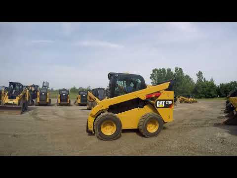 CATERPILLAR KOMPAKTLADER 272D equipment video oorpah16hNU
