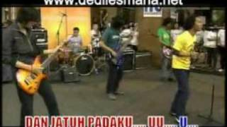 Asbak Band Membuatmu Cinta Padaku Karaoke Video