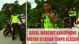 Video Oknum Polantas Mencoba Merebut Hp Warga MP3, 3GP, MP4, WEBM, AVI, FLV April 2019