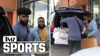 Video Ezekiel Elliott Drops Gs in Offseason Sneaker Shopping Spree | TMZ Sports MP3, 3GP, MP4, WEBM, AVI, FLV April 2018