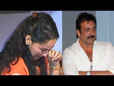 sanjay - Bollywood actor Sunjay Dutt along with his wife Manyata, get very emotional at the Dr Batra`s positive health awards in Mumbai, India on October 4, 2012. For...