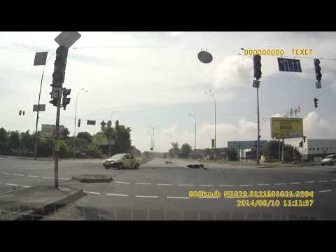 Авария с хрустом в Киеве