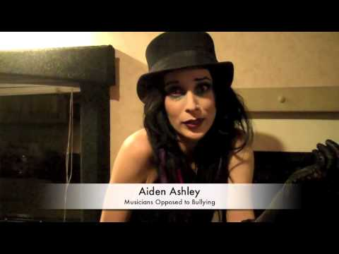 Aiden Ashley Talks About Being Bullied